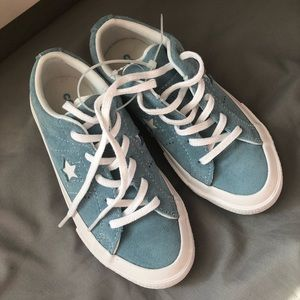 NEW Girls Classic One Star Converse Shoes